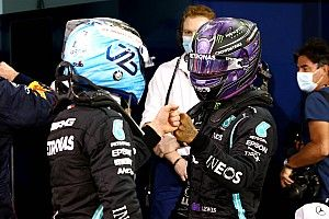 VIDEO: Mercedes-dubbelinterview met Hamilton en Bottas