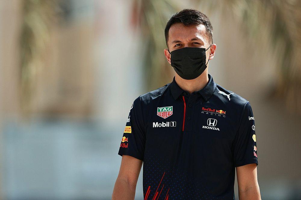 レッドブル、アルボンのF1復帰を検討?「来年の彼にF1での選択肢があるかどうかを検討している」