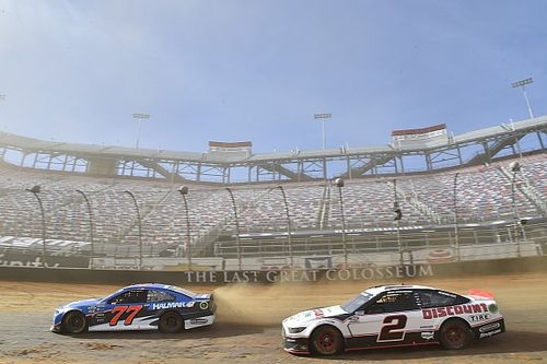 NASCAR makes competition changes for Sunday's Cup dirt race
