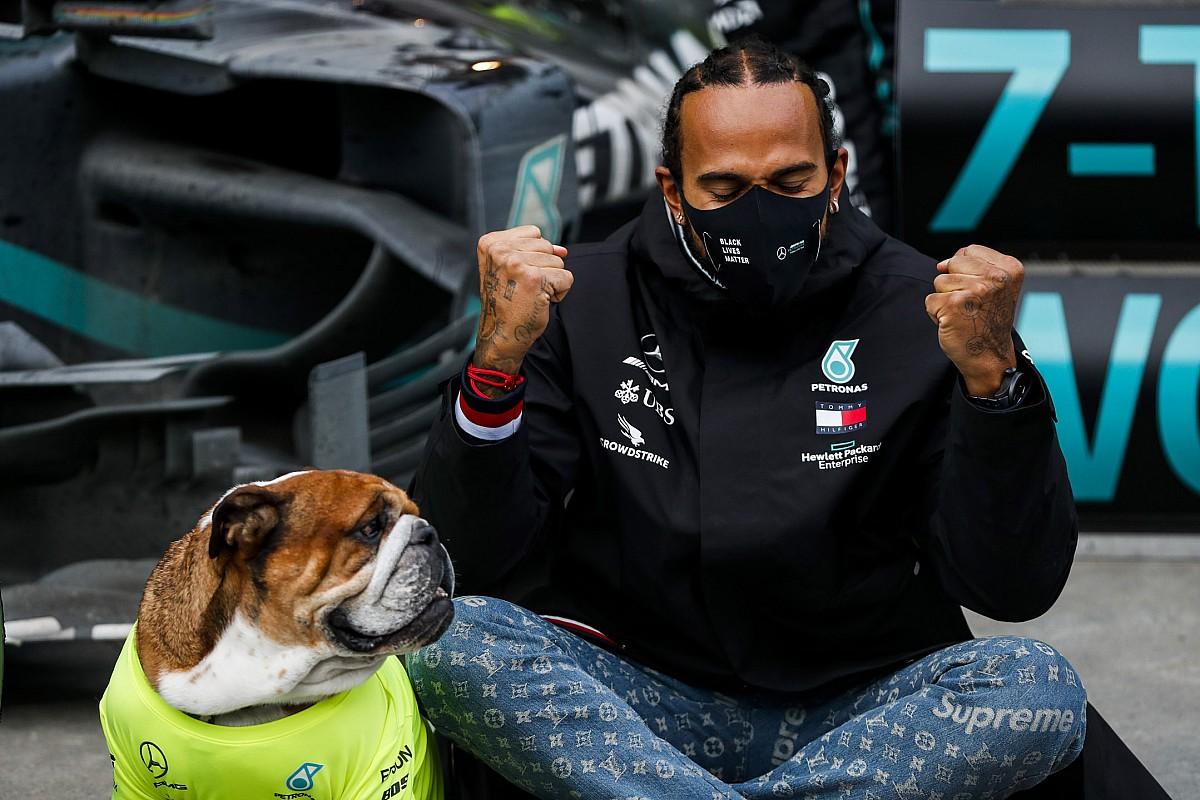 Lewis Hamilton lett a legbefolyásosabb fekete Nagy-Britanniában