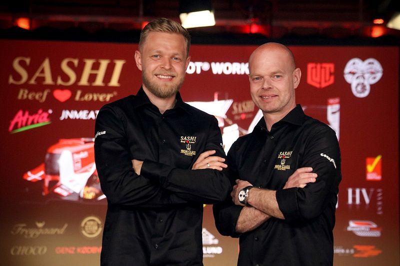 """2021 was """"laatste kans"""" voor Le Mans-droom vader en zoon Magnussen"""