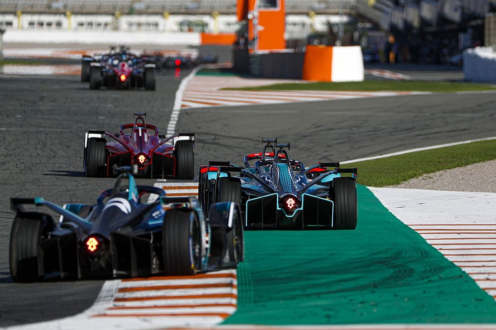 アタックモード用のセンサーはトラックリミット監視に使える! ディ・グラッシ、FIAに活用を提案