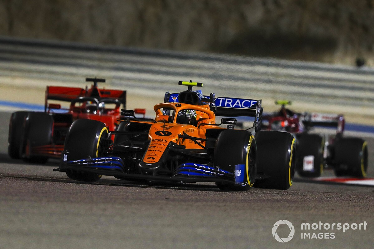 F1 ters grid planlarını rafa kaldırdı, Cumartesi yarışı planlıyor!