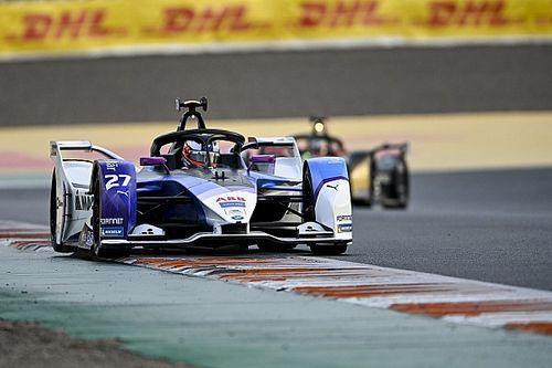 Valencia E-Prix: BMW Andretti's Dennis storms to pole by 0.86s