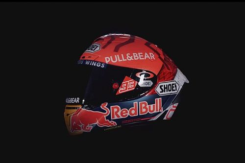 Marc Marquez si opera ancora? Intanto presenta il casco...
