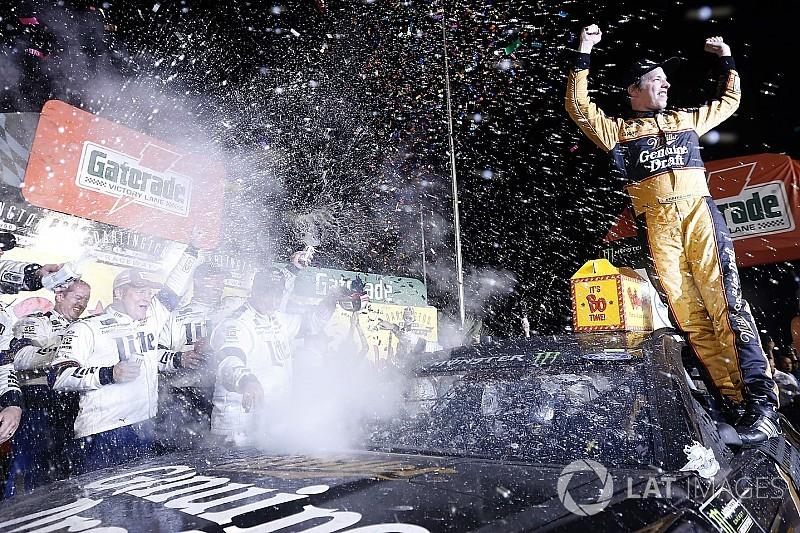 Кеселовски впервые в сезоне выиграл гонку NASCAR