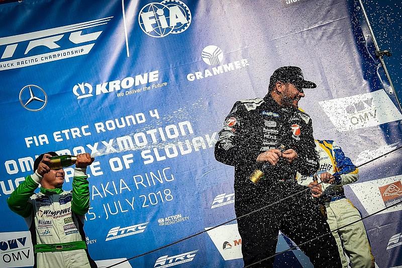 FIA ETRC: Futamgyőzelemmel zárt Kiss Norbert Szlovákiában