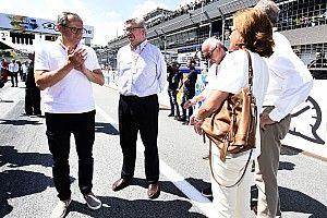 """En una visita a MotoGP, Brawn dice: """"tenemos que mejorar la F1"""""""