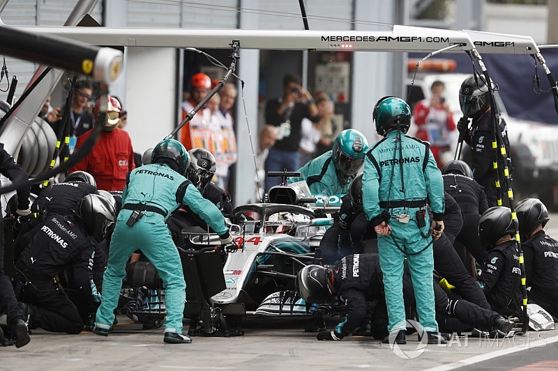"Mercedes denies ""phantom"" pitstop gamesmanship"