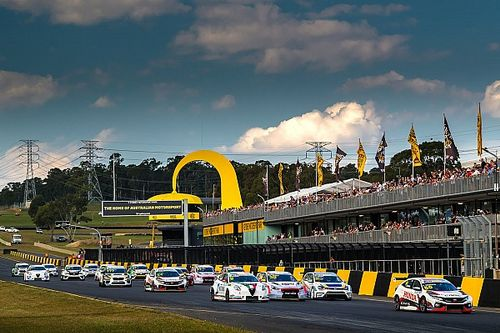 Supercars and TCR in support slot discussions