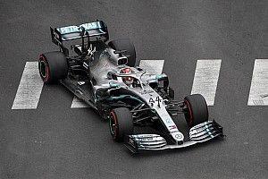 Hamilton manda en Mónaco con Verstappen a 59 milésimas