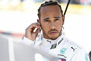 Hamilton F1-es fizetése magas maradhat?