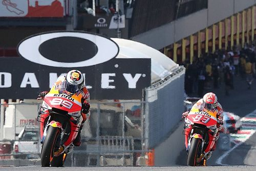Lorenzo sebut Honda enggan ubah motor