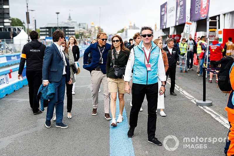 Agag quiere que la Fórmula E lidere la carga ultra-rápida