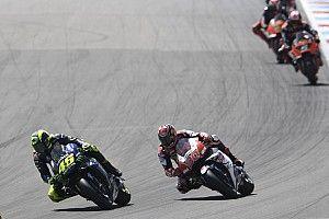 La lesión de Nakagami se produjo tras un choque con Rossi en Assen