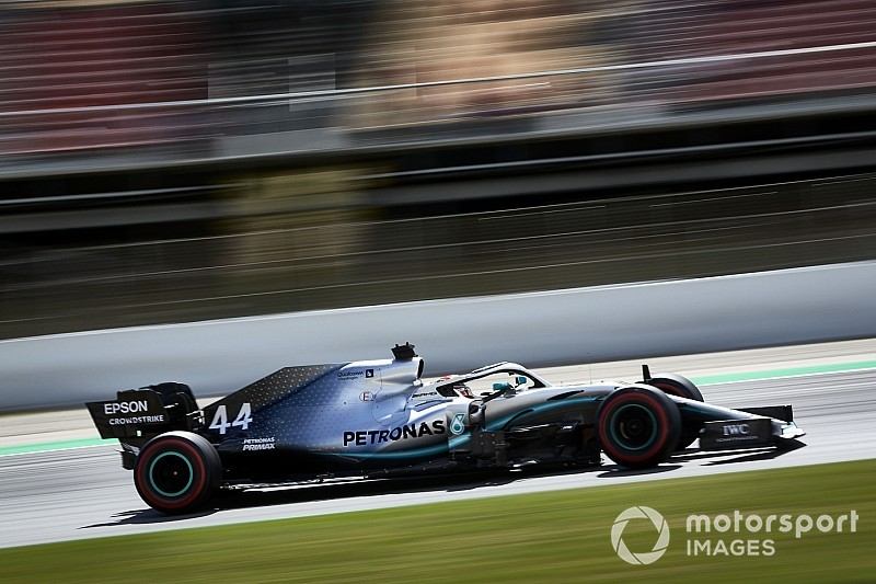 F1スペインFP3:ハミルトンが実力を見せつけ首位。レッドブルのフェルスタッペンは7番手