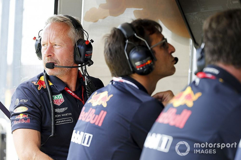 Positieve coronatest bij Red Bull: Sportief directeur mist GP Bahrein
