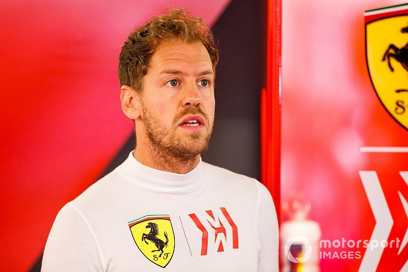Vettel sets deadline to salvage Ferrari title hopes