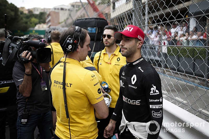 Ferrari, 2020 için Ricciardo'yla, Mercedes ise Verstappen'le ilgileniyor olabilir