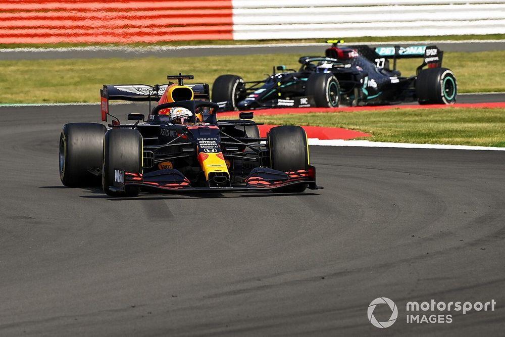 """Red Bull se ve más cerca de Mercedes sin el """"modo fiesta"""""""