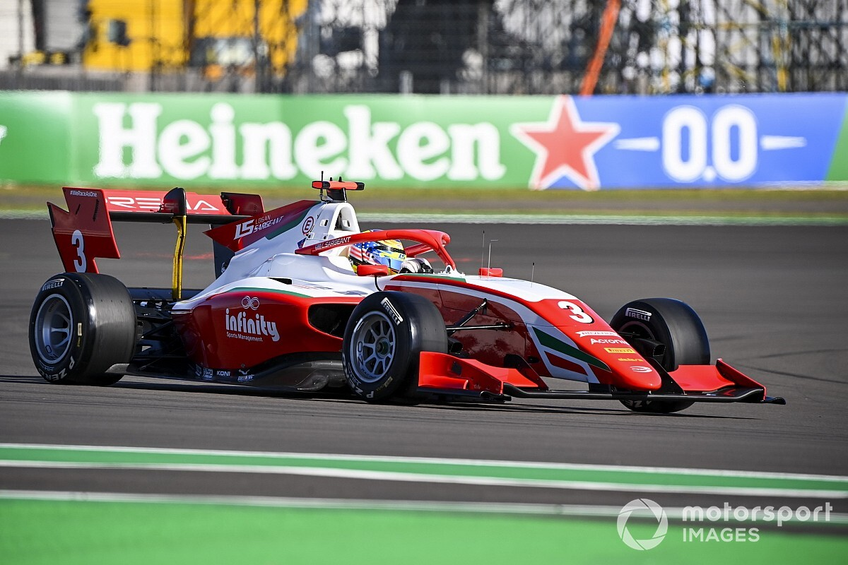 Silverstone F3: Sargeant beats Lawson to score another pole