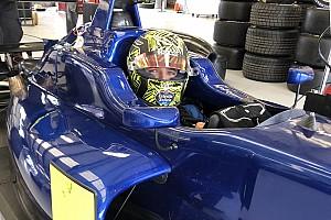 Norris se pone de nuevo al volante de un monoplaza en Silverstone