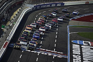 Kyle Busch wins Xfinity Charlotte race with last-lap pass