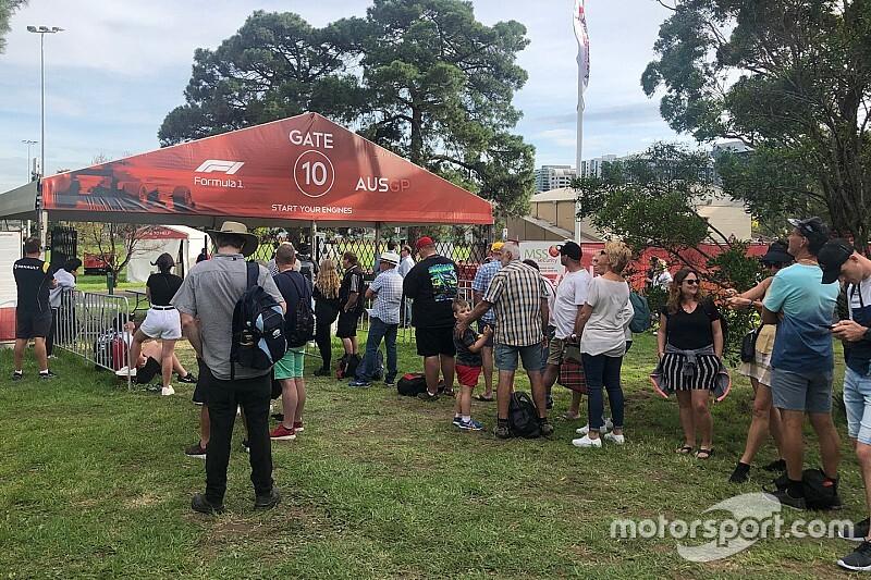 GP da Austrália: Três equipes estavam prontas para ir à pista em Melbourne