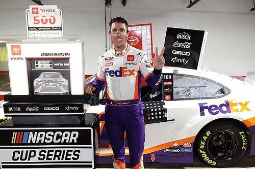 NASCAR Darlington 2: Glücklicher Abbruch-Sieg für Denny Hamlin
