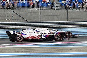 Schumacher schuwt ellenbogenwerk niet langer in strijd met Mazepin