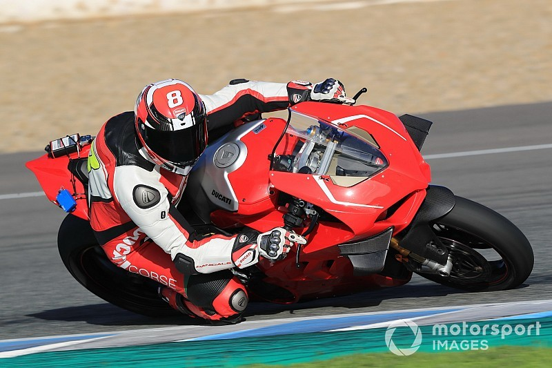 Ducati: scopriamo la Panigale V4 R, versione che correrà nel Mondiale SBK dal 2019
