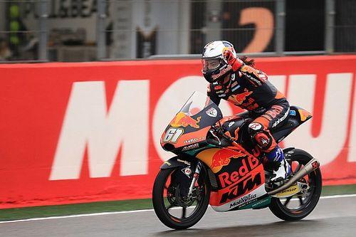 Moto3 Valencia: Can Oncu menangi balapan debut