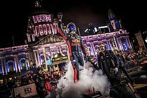 Фото и видео: вечерние заезды Red Bull в Белфасте