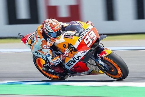 Fantasztikus versenyen Marquez az utolsó körben előzte meg Dovit a Thai Nagydíjon!