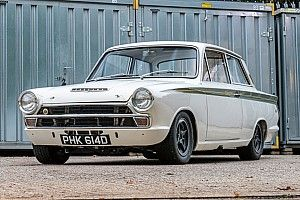 All'asta la Lotus Cortina Gruppo 5 guidata da Clark, Ickx e Hill