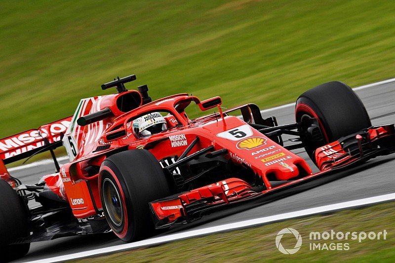 Brazilian GP: Vettel pips Hamilton in final practice