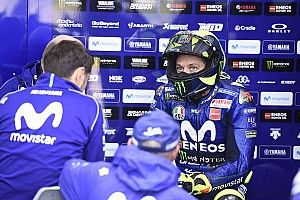 Rossi mengeluh tak punya kecepatan