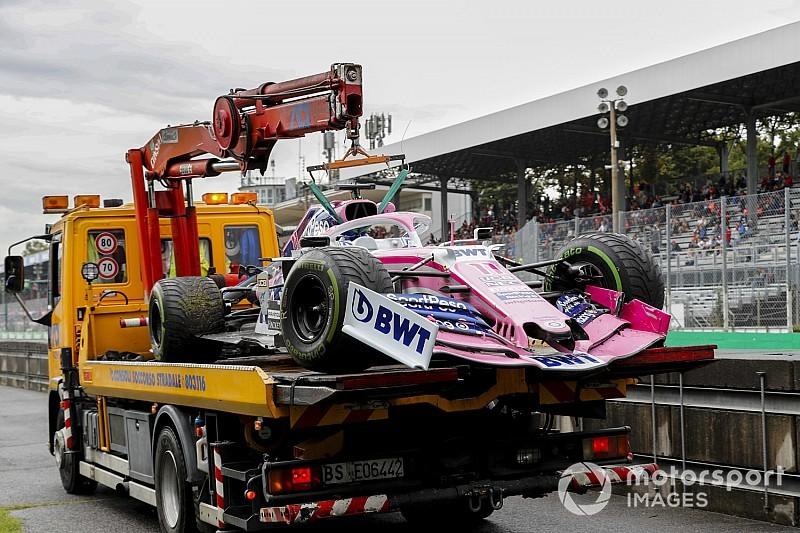 Pérez, ahogy odavágja az F1-es gépét Monzában