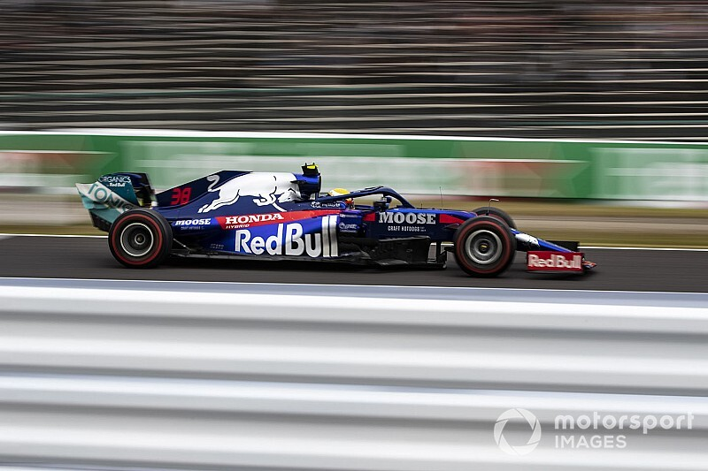 F1 teams must give rookies two FP1 outings from 2021