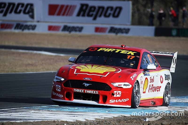 Ipswich Supercars: McLaughlin ends Friday on top