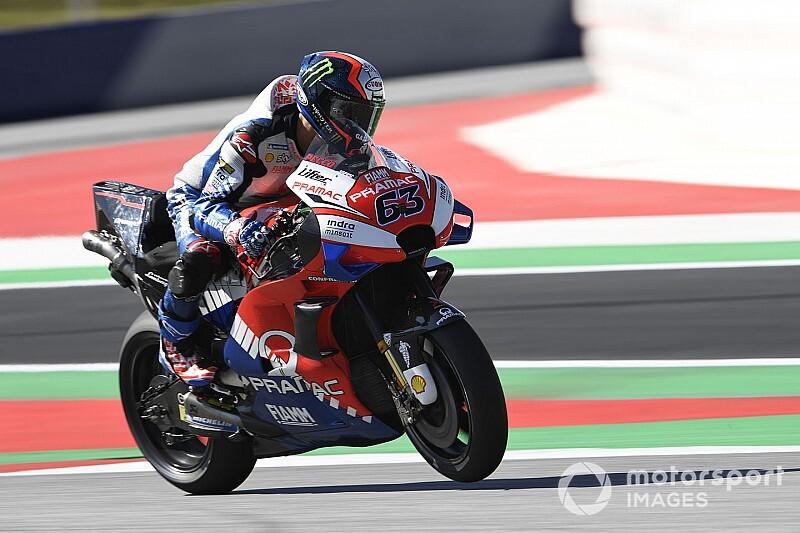 Bagnaia se lleva el GP virtual de MotoGP en Austria; Márquez y Rossi, fuera del podio