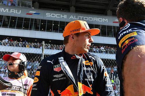 Verstappen nyert, két pole-t is szerzett, majd összeomlott a PC-je: káosz Interlagosban