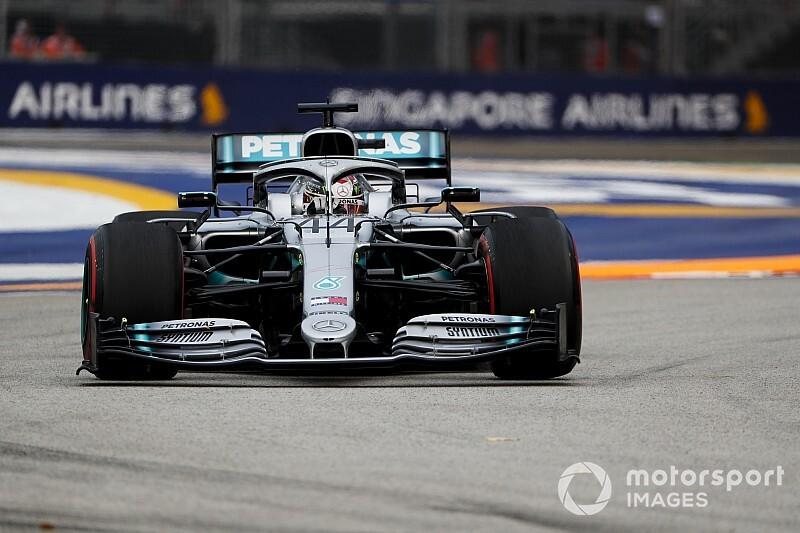 Singapur GP 2. antrenman: Hamilton lider, Verstappen ikinci