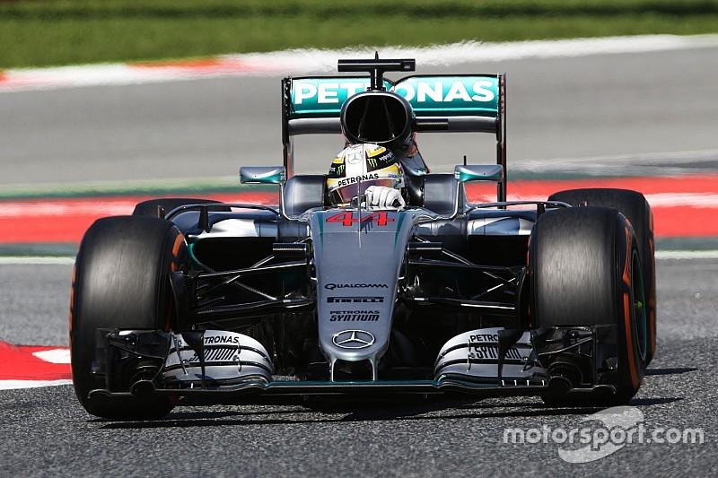 Mercedes surprised by gap to Ferrari