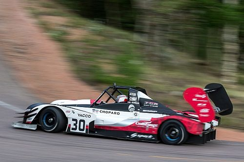 Romain Dumas on provisional pole at Pikes Peak !