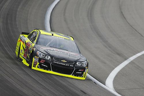Menard leads second Cup practice at Kansas