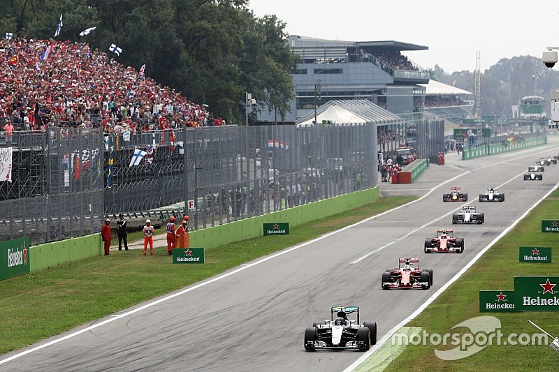 Analysis: Why Hamilton couldn't catch Rosberg after poor start