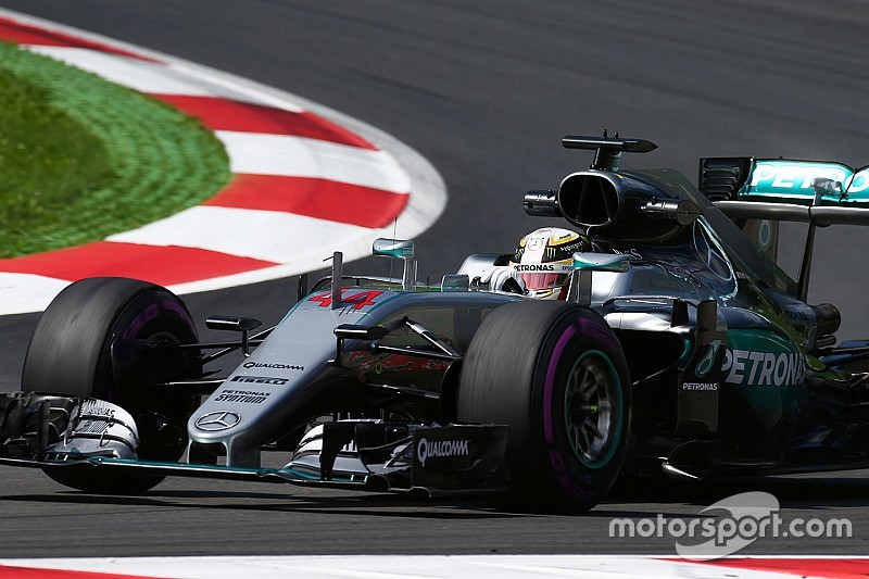 Hamilton fears Ferrari tyre strategy may be better