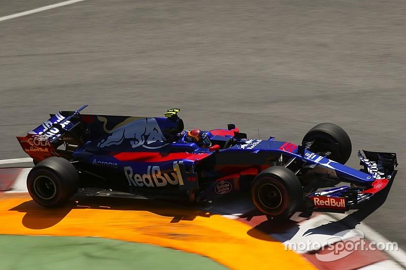 Sainz drie startplekken achteruit in Baku voor 'roekeloos' rijgedrag