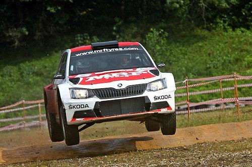Malaysia APRC: Veiby takes lead in difficult conditions, Gill third